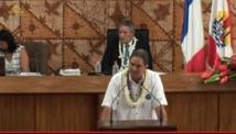 Richard Tuheiava du groupe UPLD à la tribune de l'assemblée de la Polynésie française ce vendredi matin.
