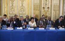 """Nouvelle-Calédonie: Valls place """"un destin commun de paix"""" comme """"horizon politique"""""""