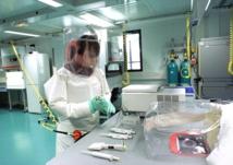 Avec seulement 30 laboratoires de niveau 4 dans le monde –comme celui de Lyon (notre photo), l'OMS semble décidée à revoir ses critères pour faire face à Ebola. Les laboratoires de biosécurité de niveau 3 (P3 ou NSB3) pourraient être suffisants en cas d'alerte. La Polynésie en sera bientôt dotée.
