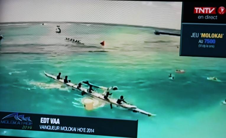 VA'A V6 – Moloka'i Hoe : Edt Va'a souffle la victoire à Shell Va'a