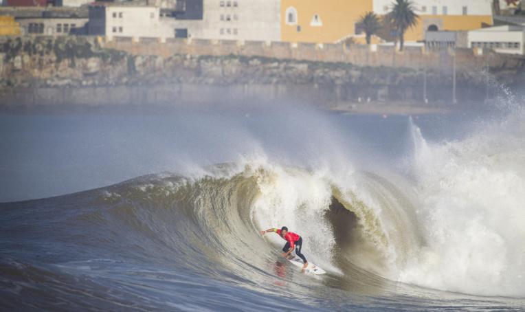 Surf international – Moche Rip Curl Pro : hécatombe dans le top 10, ça passe pour Michel Bourez qui se qualifie pour le round 4 !