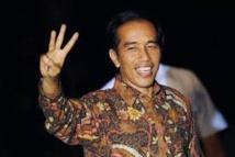 Le président indonésien intronisé, accueilli comme une rock star