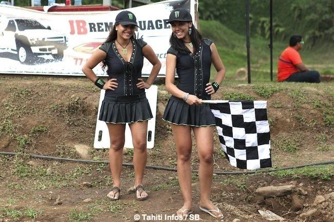 Motocross – Pacific Cup 2014 : Raiarii Vonbalou gagne en MX 1 et le Calédonien Laurent Fath fait le show !