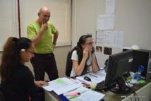 Au Centre d'hygiène et de salubrité publique, les agents font le point sur les cas confirmés et sont en lien avec les communes pour les actions de pulvérisations à mener aux abords des foyers épidémiques.