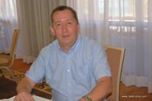 """Philippe Desprès est directeur de recherche détaché de l'Institut Pasteur à La Réunion. De 2002 à 2014, il a été directeur du laboratoire de virologie """"Interactions moléculaires flavivirus-hôtes"""" à l'Institut Pasteur de Paris qui accueille le Centre national de référence des arbovirus."""