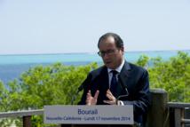 Nouvelle Calédonie: Hollande ferme sur la tenue d'un référendum d'autodétermination