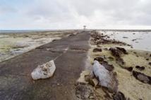 Une route sur l'atoll de Moruroa.