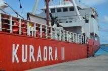 Le Kura Ora II début novembre à quai à Hao.