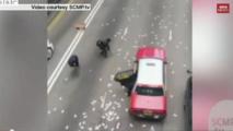 Hong Kong: près de 2 millions de dollars sur la chaussée