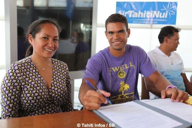 Kayak – Hiromana Florès, nouvel ambassadeur d'Air Tahiti Nui.