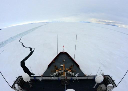 Le brise-glace américain Polar Star, le 15 février 2015 - AFP PHOTO / US COAST GUARD / PETTY OFFICER 1ST CLASS GEORGE DEGENER
