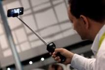 """Les """"bras pour selfie"""" désormais bannis des musées nationaux de Washington"""