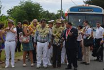 La ministre George Pau-Langevin à son arrivée à la mairie de Mataura à Tubuai