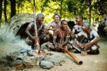 Trop cher pour le contribuable: le PM australien veut fermer des villages aborigènes