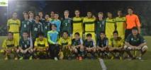 Rencontre conviviale avec de jeunes étudiants-footballeurs américains
