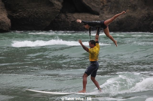 Les water patrol hawaiiens ont plus d'un tour dans leur sac...
