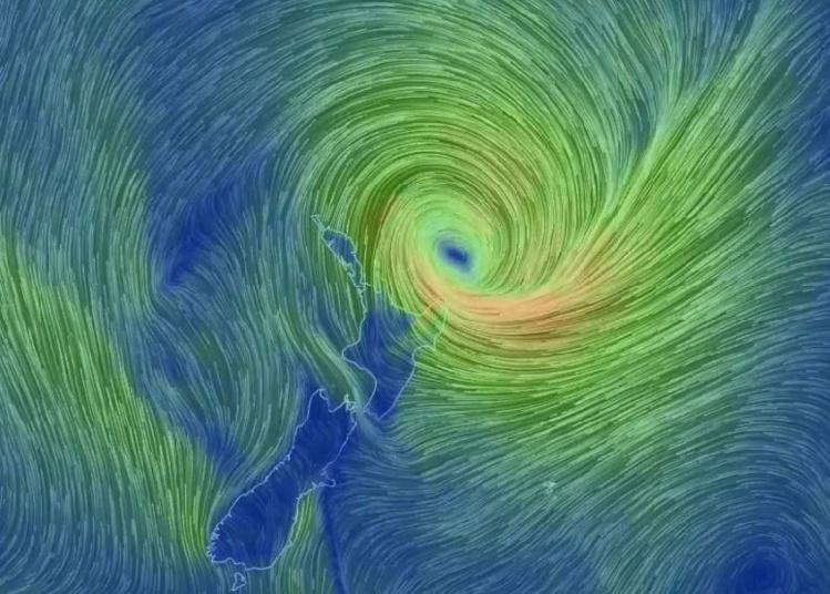 Le cyclone Pam s'approche de la Nouvelle-Zélande, la côte est de l'île du nord en alerte