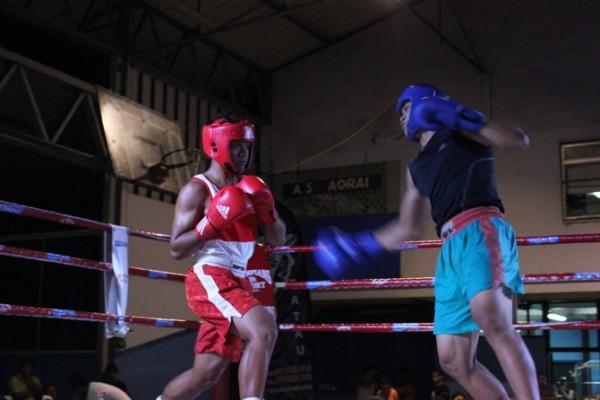 Très beau combat entre Eddy Tuuhia et Harrys Teariki de Paea