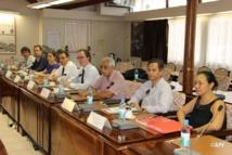 Lors de la réunion avec les représentants des différents cabinets d'experts ce jeudi à l'assemblée de Polynésie.