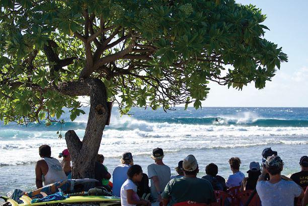 Rangi Pro Junior 2015 – Un Tahitien remporte enfin la compétition grâce à Mihimana Braye