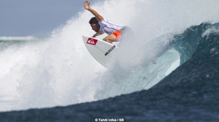 Jérémy Florès a grandi à la Réunion avant d'intégrer l'élite mondiale du surf