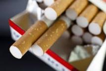 """Le gouvernement va rendre les paquets de cigarettes """"traçables"""""""