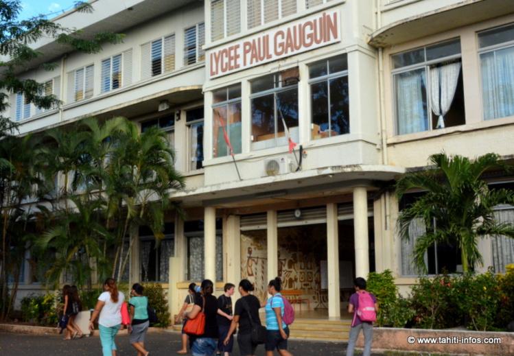 La proviseure du lycée Gauguin devra être maintenue dans ses fonctions