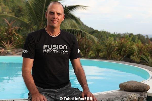 Yoram Zekri à Paea, juste avant son départ pour l'Indonésie