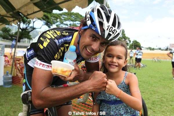 Manarii Laurent a arraché la victoire pour sa mère et sa fille