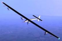 Solar Impulse à mi-chemin entre le Japon et Hawaï, front froid franchi