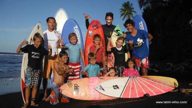 Faire du surf avec Doumé pendant l'été
