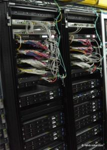 C'est une baie informatique, comme celles-ci, qu'il a fallu changer pour mettre fin au Blackout du 14 juillet.