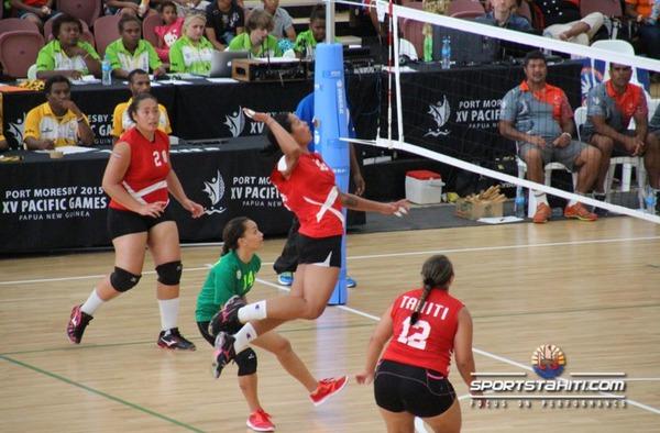 PNG 2015 « Volley-ball » : Ça passe pour les femmes, ça casse pour les hommes
