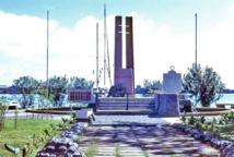 La Mémorial de Gaulle au bas de l'avenue Bruat en 1973