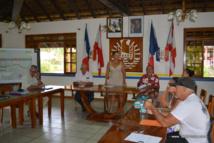 La réunion du premier comité de suivi de la Taharu'u, ce mardi matin, en mairie de Papara. La prochaine séance, fin août, abordera l'impact foncier des travaux en cours.