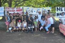 En juin dernier, les parents d'élèves de l'école Tiama'o de Papara manifestaient pour refuser la fermeture de cette école. Ils ont obtenu gain de cause pour un an.