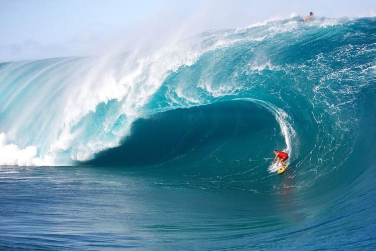 A 47 ans, Vetea avoue s'être fait peur sur cette vague. On le comprend.