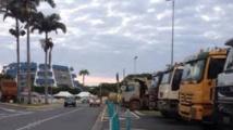 Rassemblement de camions à Nouméa en faveur de l'exportation de nickel vers la Chine