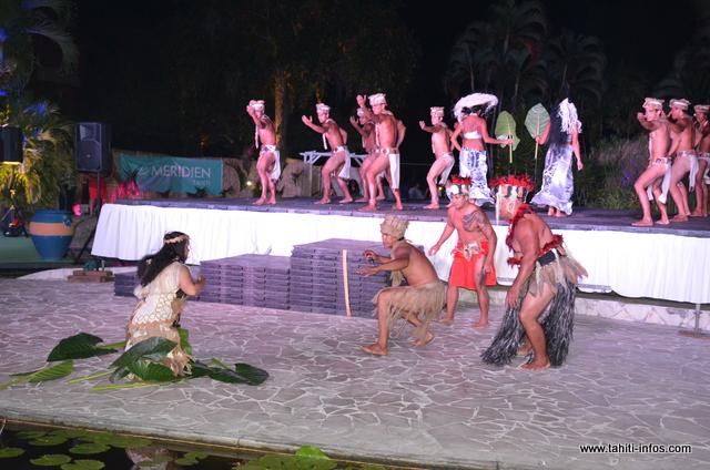 La troupe de Tamarii Papeari a présenté son spectacle sur la légende d'un guerrier, Teva