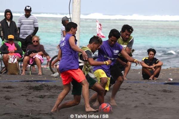 Deux catégories étaient présentes pour le beach soccer, Super 5 et Elite.