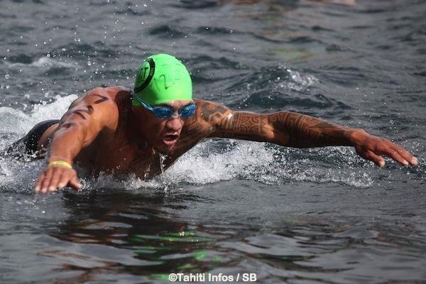 Bruno Tauhiro reste le leader du Waterman Tour malgré son point faible, la natation