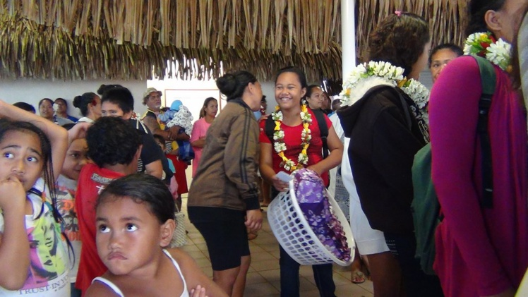 Les collégiens de Rimatara ont quitté leur île pour Rurutu