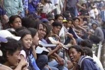 Indonésie: un politique menace d'interdire la drague des adolescents le soir