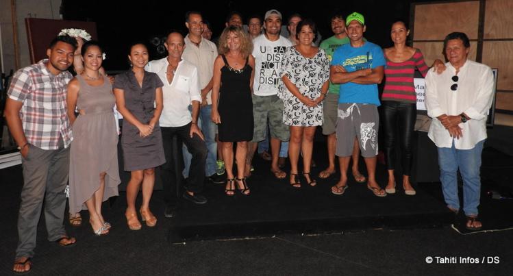 Une partie de l'équipe de TNTV autour de la nouvelle directrice générale, Mateata Maamaatuaiahutapu