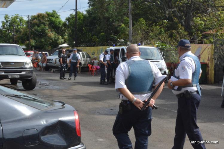 Descente de la DSP pour arrêter un dealer armé d'un vélo