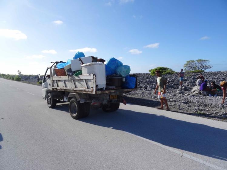 De son côté, la mairie a mis à disposition des bennes à ordures et des sacs poubelles pour le bon déroulement de l'opération