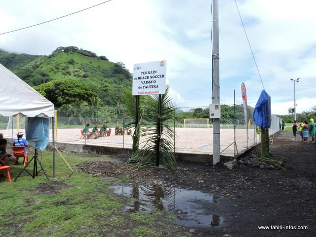 Le nouveau terrain de Beach soccer se trouve juste à côté de la salle omnisport de l'IJSPF à Tautira