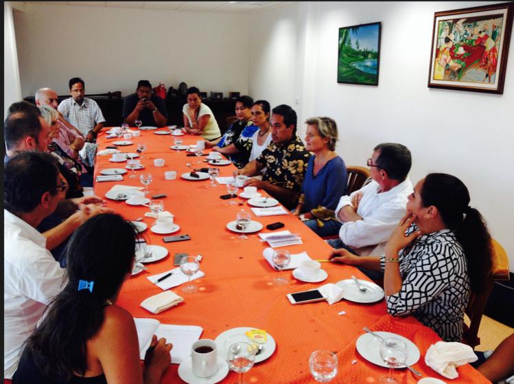 Le président de l'assemblée, Marcel TUIHANI a invité la presse autour d'un déjeuner au 4e étage de l'immeuble Tetunae