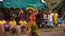 En Polynésie, l'art déclamatoire ancestral redonne confiance aux décrocheurs