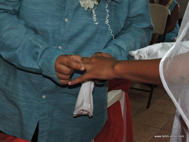 La cérémonie s'est tenue samedi après-midi, à la mairie de Mahina